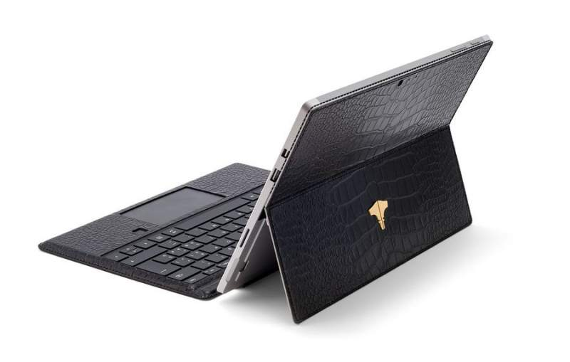 PC Tablet & Real Crocodile Black